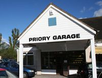 PRIORY GARAGE Logo