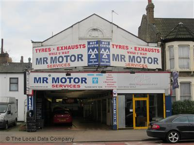 M R MOTOR SERVICES LTD Logo